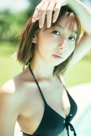 飯田里穂 写真集 画像